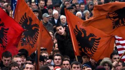 Shqiptarët janë mbi 40 në Maqedoni, prandaj shtyhet regjistrimi i popullsisë
