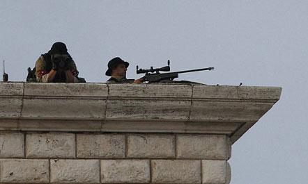 """""""Daily Mail"""": mbi 2500 policë në detyrë për Papën"""